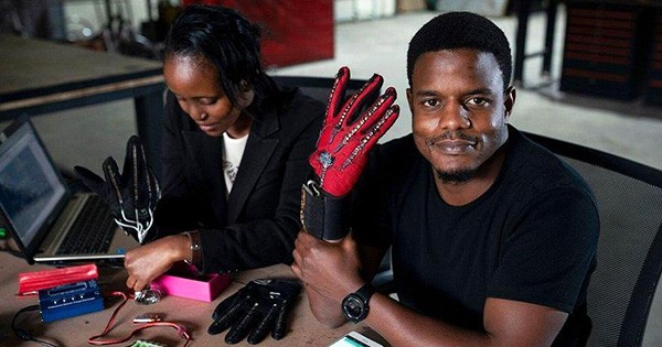 Kenya Engineer – Roy Allela Invents Gloves That Turn Sign Language into Audible Speech