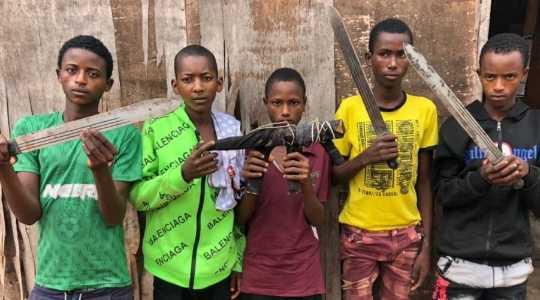 5 Teenage Armed Robbers Arrested On Lagos-Ibadan Highway
