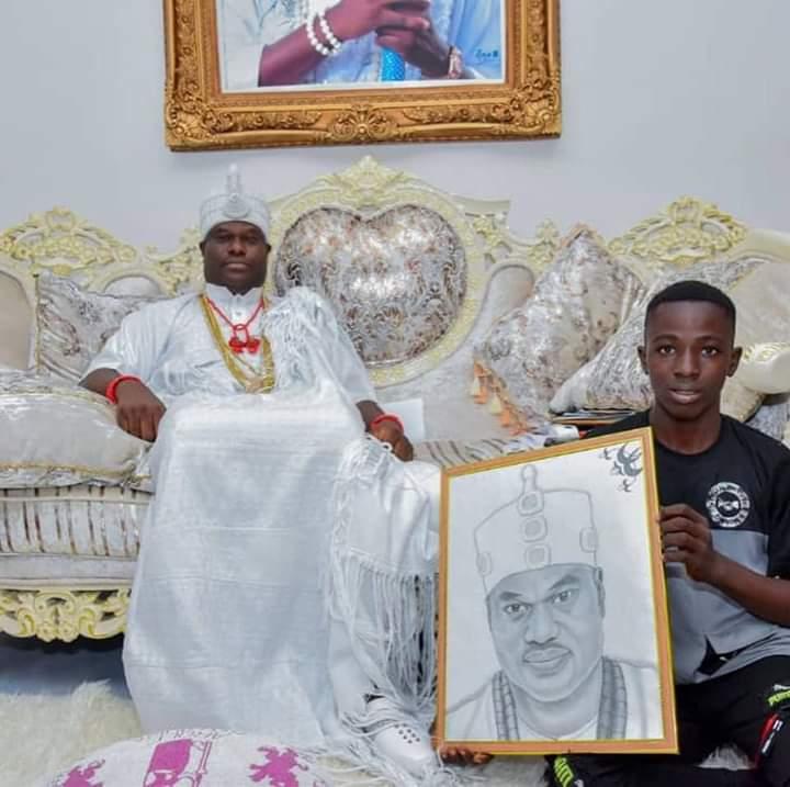 Meet OONI of Ife, Oba Adeyeye Ogunwusi Adopted Son Who Was A corn Seller