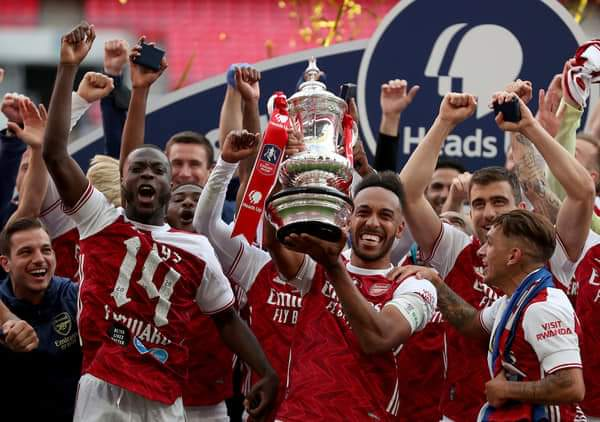Arsenal Beat Chelsea 2-1 to Clinch 14th FA Cup