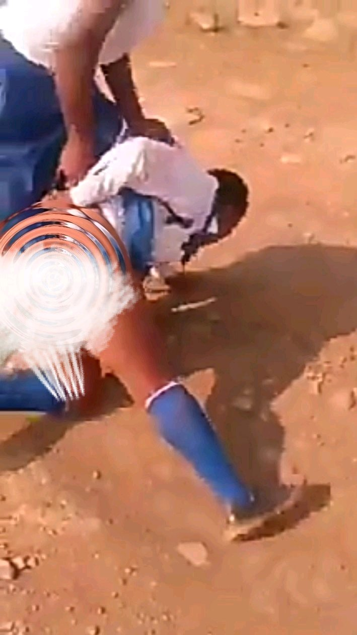 VIDEO: School Girl Beaten by Her Colleague and Dragged by Her Pant