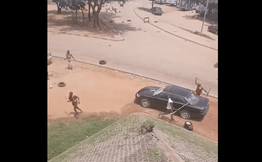 #EndSARS Protest Turns Violent As Hoodlums Smash Cars and Attack Protesters In Abuja (Video)