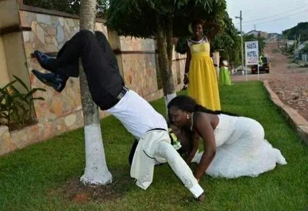 10 Hilarious Wedding Photos With Captions- 9JA jOKES