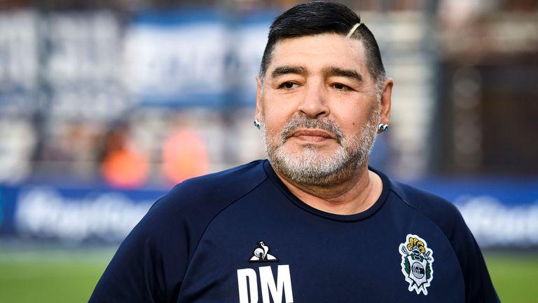 The Squad says goodbye to Maradona