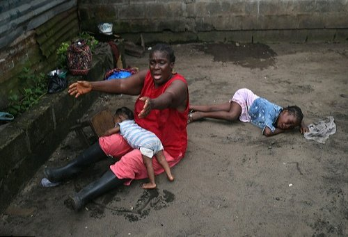 Wickedness! 15-year-old Girl Throws Her Daughter Inside A River Because of Love