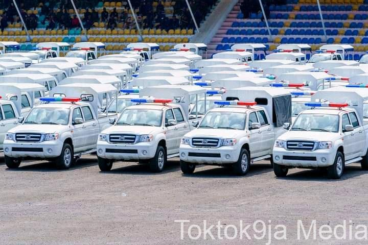 Gov. Uzodimma Declares Total War On Criminals As He Donates 100 INNOSON Security Vehicles