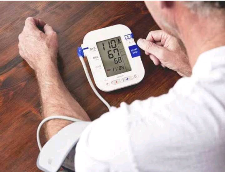 6 Natural Ways to Treat High Blood Pressure With No Side Effects