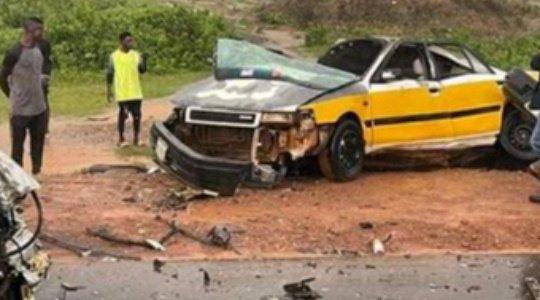 BLOOD EVERYWHERE!!! Seven Die, Two Injured In Fatal Crash Along Minna-Suleja Highway (Photos)