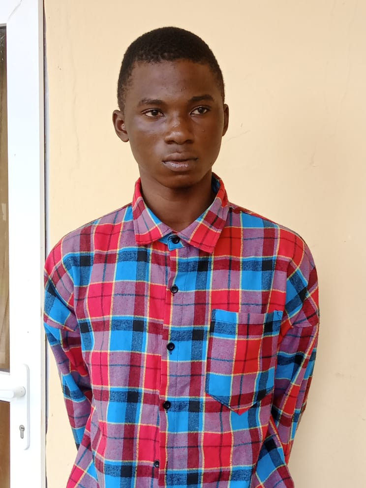 """18-Year-Old Boy Arrested For Allegedly Stabbing 28-Year-Old """"Prostitute"""" To Death In Ogun"""
